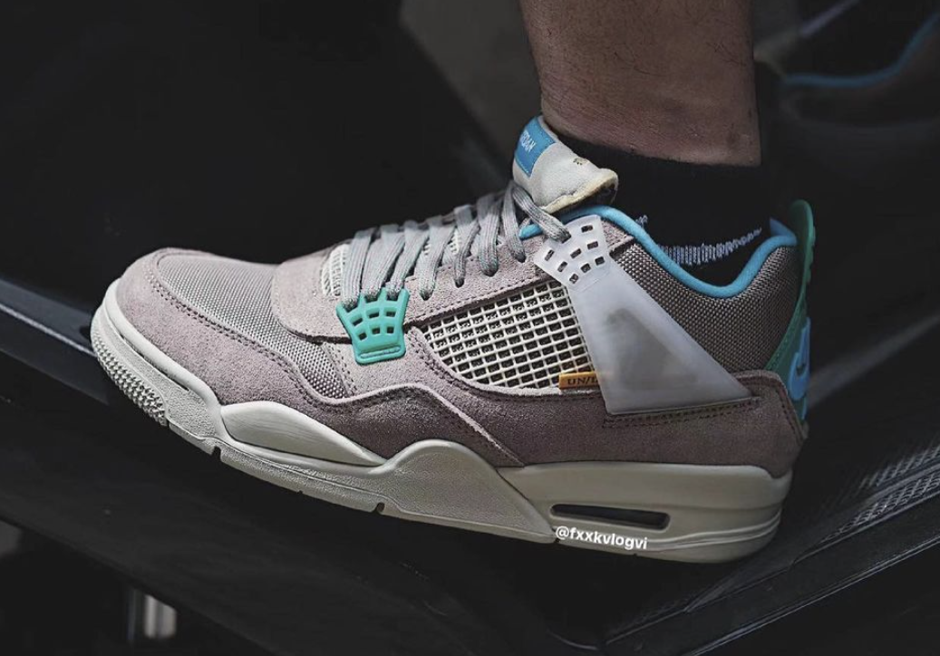 Union x Air Jordan 4 Taupe Haze DJ5718-242 On-Feet