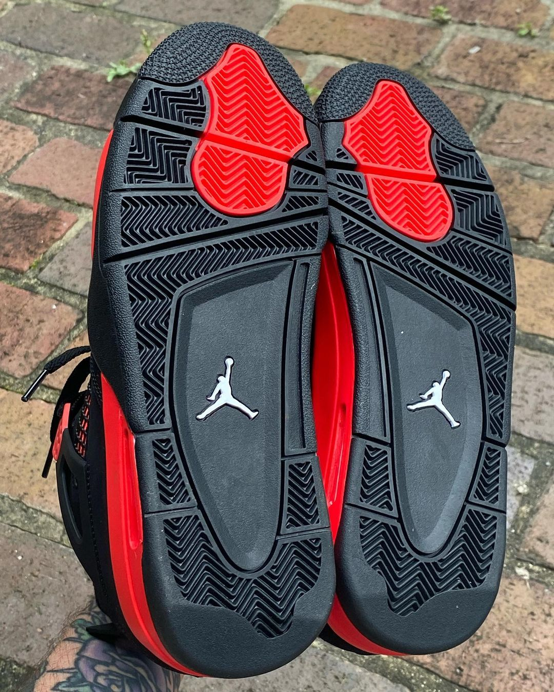 nike shox forty nine dollars to miles chart CT8527-016 Release Info