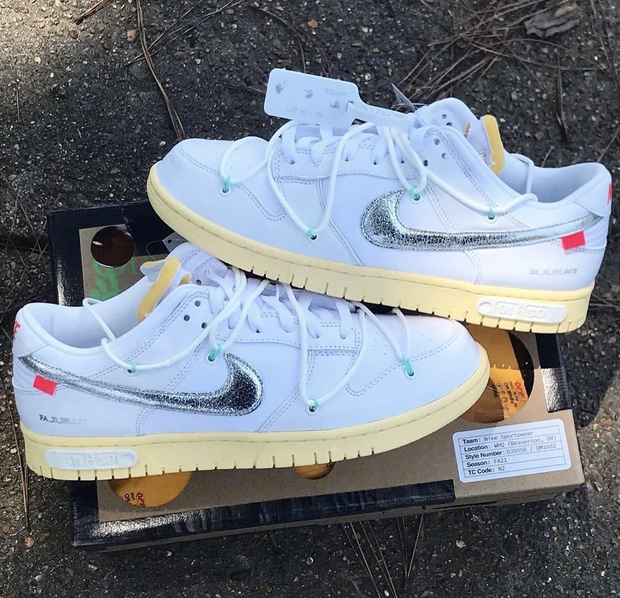 Off-White Nike Dunk Low White Metallic Silver DM1602-127 Release Date Release Date