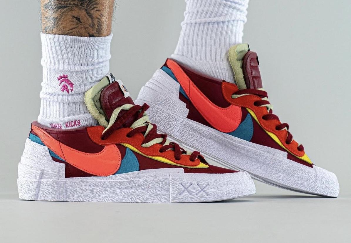 Kaws Sacai Nike Blazer Low DM7901-600