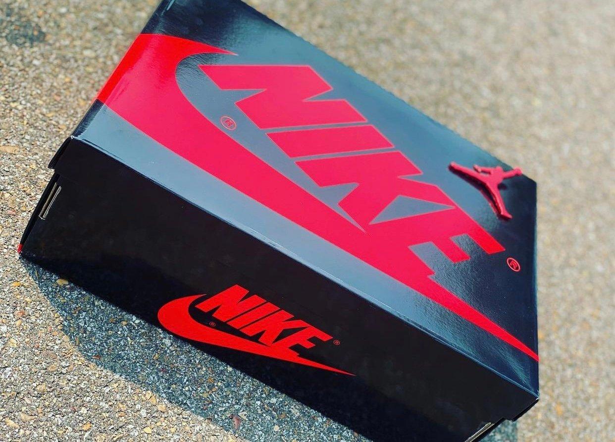 Air Jordan 1 High Bred Patent 555088-063 Release Details