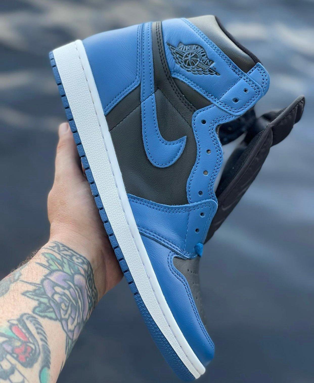 Air Jordan 1 High Dark Marina Blue 555088-404