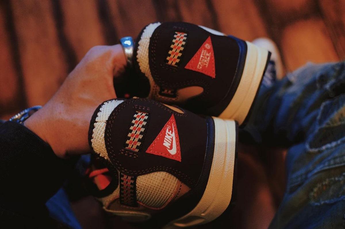 Travis Scott Nike Air Max 1 Baroque Brown